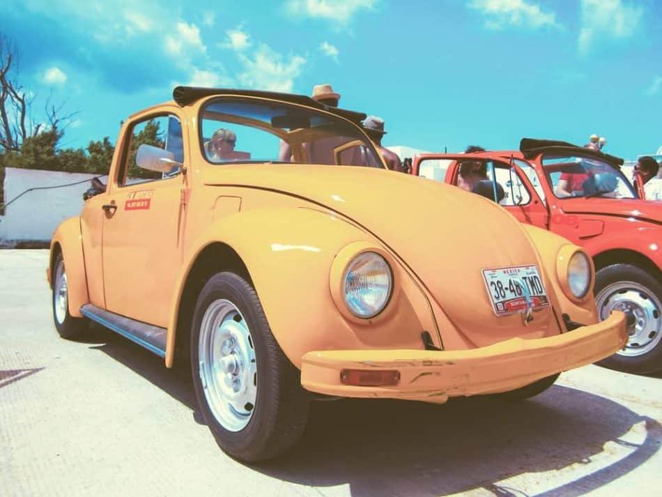 Tour mit einem Käfer Cabrio