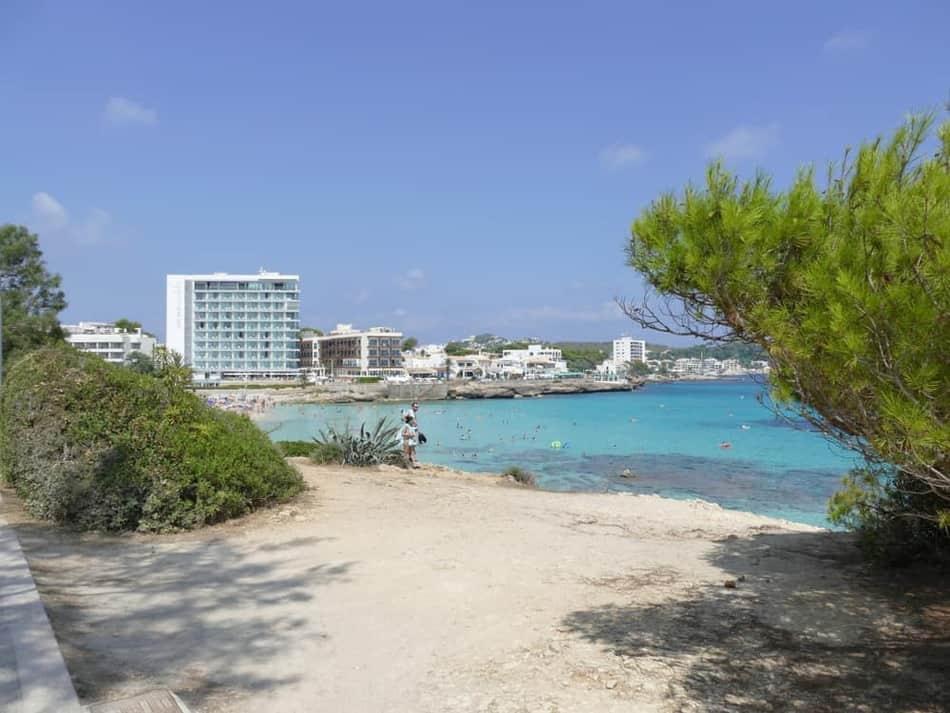 Blick zum Hafen Cala Ratjada