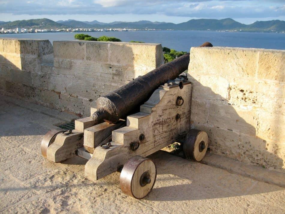 Kanone Castell de sa Punta de n'Amer